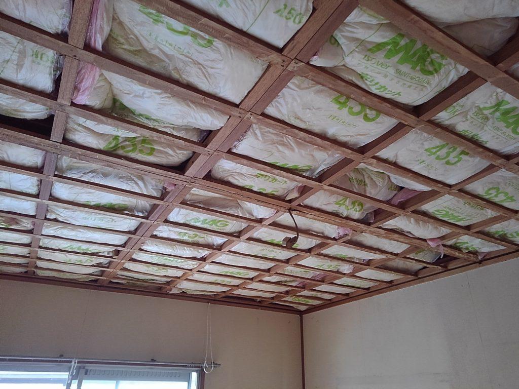 天井断熱材取替